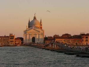 Festa del Redentore a Venezia: ponte votivi provvisorio