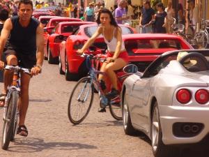 24 maggio 2009: corteo auto sportive in Rio Terà a Caorle