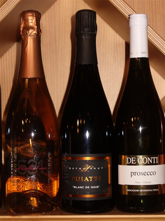 3 bollicine speciali: Nebbiolo spumante rosè, Blanc de Noirs Collio e Prosecco Sur Lie